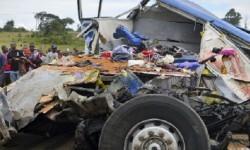 41 muertos fue el saldo de un accidente en Tanzania (AP).