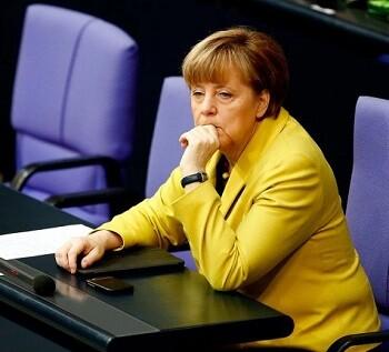 Angela Merkel mantiene una dura tensión con el gobierno griego. (Foto-AFP)