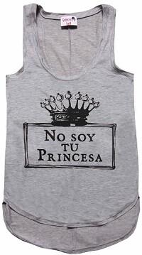 Camiseta de la firma Dolores Promesas.
