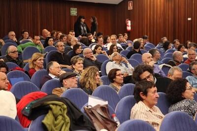 Cerca de doscientas personas asistieron a la IV Asamblea Guanyem-València en Comú.