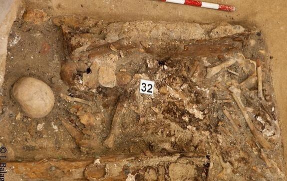 Es posible considerar que entre los fragmentos de esta reducción, se encuentren restos pertenecientes a Miguel de Cervantes. (Foto-J. Balaguer-Ayuntamiento de Madrid).