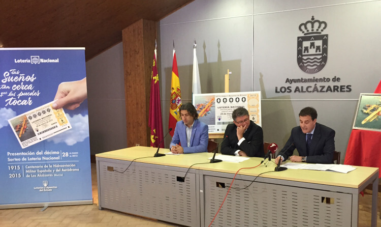 FOTO PRESENTACIÓN DÉCIMO LOS ALCÁZARES