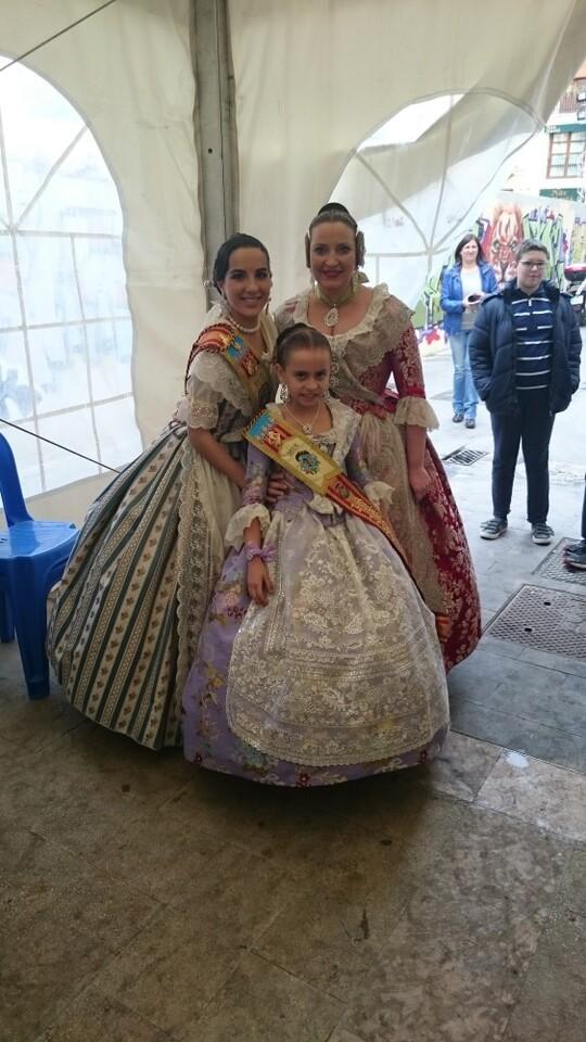 Fallas 2015. La Falla Plaza de la Merced celebra el día de los colaboradores (3)