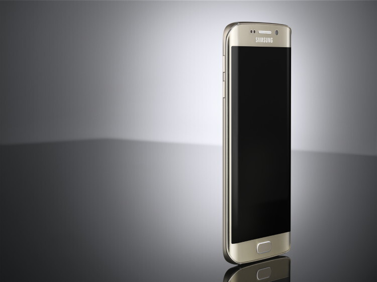 Galaxy S6 edge_L Front_Gold Platinum_ArtPhoto