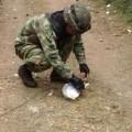 Imagen de archivo de una camino 'minado' al que se intenta 'limpar' de explosivos.