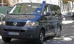 Imagen de archivo del traslado de un preso de ETA. (Foto-Agencias)