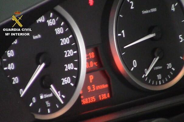 Imagen de uno de los cuentakilómetros alterados.