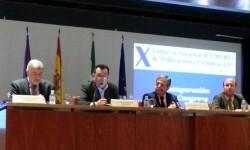 (Izq. a dcha) Carlos Astiz (sec. gral), Arsenio Escolar, (presidente), Salvador Fuentes (vicepresidente de la Diputación de Córdoba), Rafael Navas (primer teniente de alcalde del Ayto de Córdoba.
