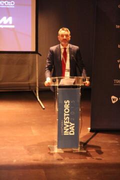 Javier Jiménez, Director General, dando la bienvenida