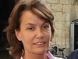 La ciudadana belga Ingrid Jeanne Sartiau ve rechaza su petición de paternidad.