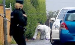 La policía científica investiga la zona de los crímenes. (Foto-AFP)