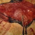 Los bisontes polícromos de Altamira suponen una pieza fundamental en el arte paleolítico.