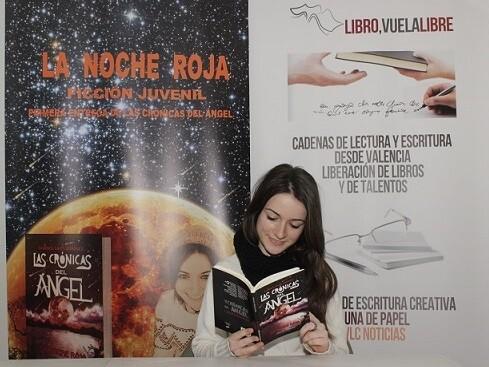 Marisol Sales Gimémez es una jovencísima escritora valencia que acaba de publicar su primera novela con notable éxito. X