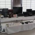 Objetos y bienes incautados por la policía a la detenida.