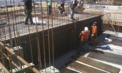 Obra en construcción en la zona de Alçira.