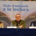 Pep Castellano durante su charla literaria en la Biblioteca Valenciana.