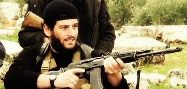 Soldado perteneciente al Estado Islámico en una imagen de archivo. (Foto-Agencias)