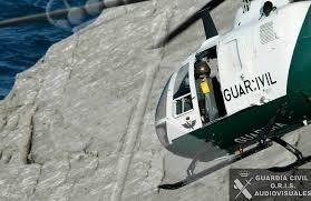 Un helicóptero de la Guardia Civil se movilizó para la opreción de rescate.