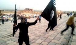 Un yihadista del Estado Islámico en la ciudad de Tikrit, en Irak. (Foto-Agencias)