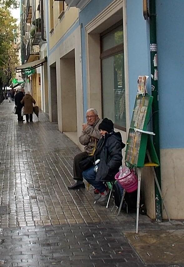Vendedor de lotería y cupones, 2013. Foto: Rafael Solaz