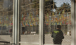 disparando la Pirotecnia Aitana de Bélgida en la Plaza del Ayuntamiento (4)