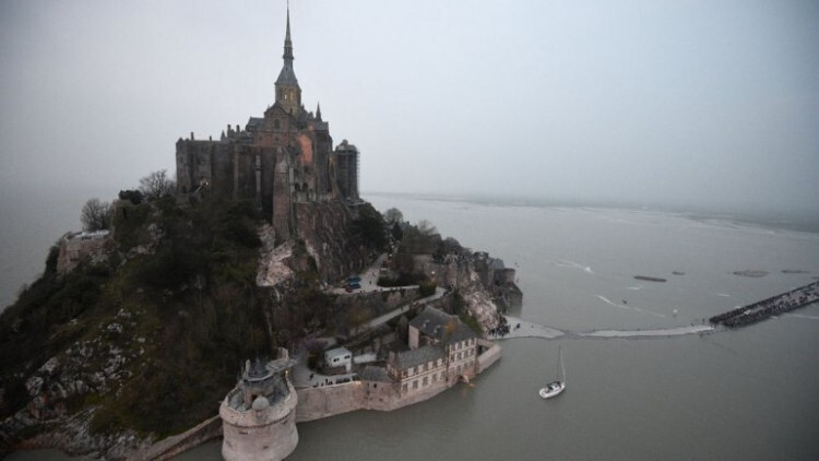mont saint michel marea el siglo 01