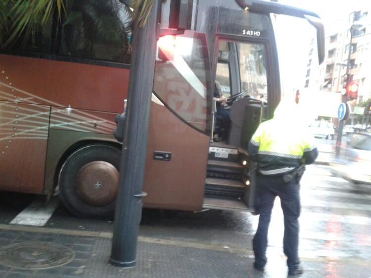 plv-autobus-conductor-02
