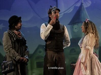 'Sherlock Holmes y el cuadro mágico' es un estupendo musical de producción valenciana y asegurada diversión.