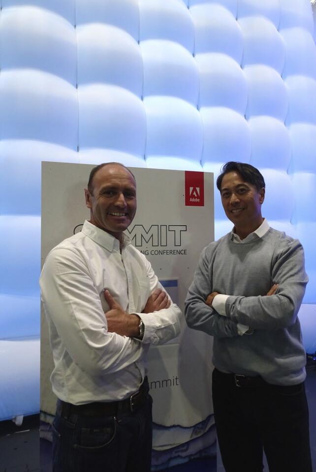 Kenny Jacobs, Chief Marketing Officer de Ryanair y Mark Zablan,  Adobe EMEA President, durante el anuncio de este significativo acuerdo entre ambas compañías en la cumbre de Adobe celebrada en Londres.