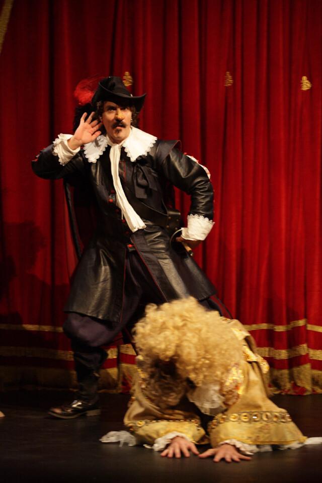 2 NP 2013 'Cyrano de Bergerac' - Horta Teatre vertical