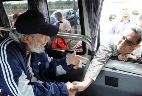 A sus 88 años, Fidel Castro sigue mostrando una buena salud. (Foto-Granma-Agencias).