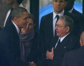 Barack Obama y Raúl en una encuentro en 2014.