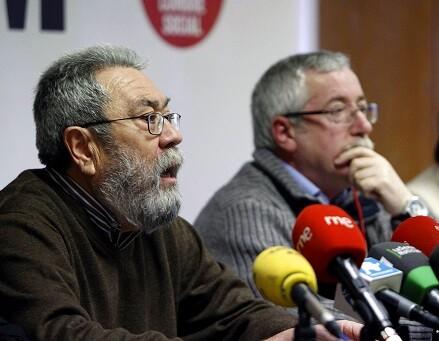 Cándido Méndez y Fernández Toxo unen sus fuerzas bajo el lema 'Así no salimos de la crisis. Las personas son lo primero'.