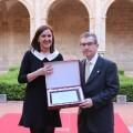 Català elogia y reconoce la brillante trayectoria de Santiago Posteguillo en su homenaje como 'escritor del año'.