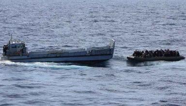 Cerca de mil inmigrantes fueron rescatados cuando iban ala deriva. (Foto-Agencias)