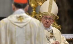 El Papa Francisco durante la celebración d ela misa dedicada al pueblo armenio.