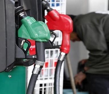 El precio de la gasolina y del gasóleo marcaron máximos anuales.