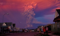 El volcán Calbuco en plena erupción.