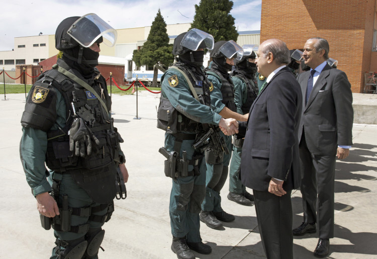 FdezDiaz visita UEI Guardia Civil