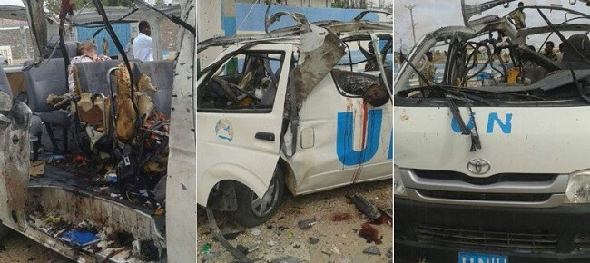 Imágenes de cómo ha quedado el minibús tras el atentado.