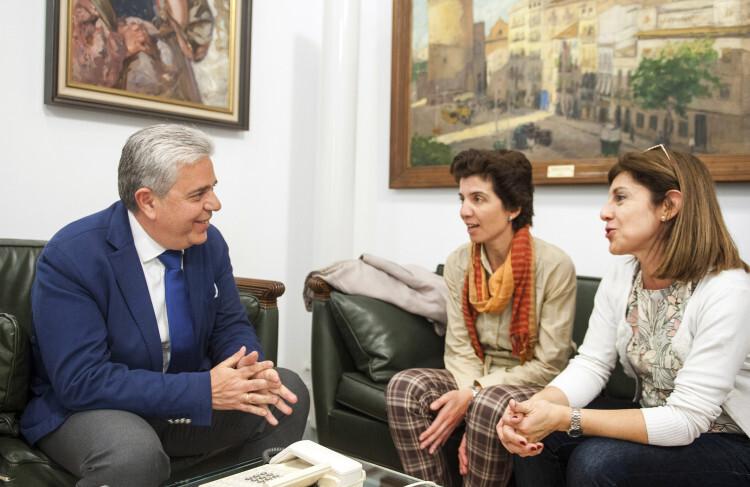 Medina se reúne con Fundación Entreculturas foto_Abulaila (1)