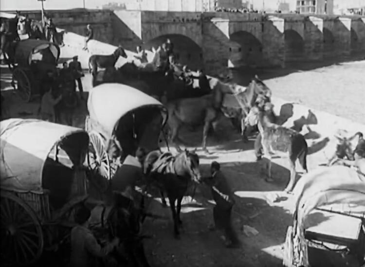 Mercado de burros en el río. 1960. A. P. R. S.