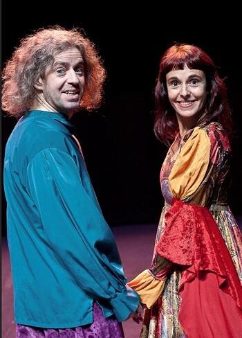 Pablo Di Filipe y Mónica Spada son los protagonistas de esta divertida versión del clásico de Shakespeare.