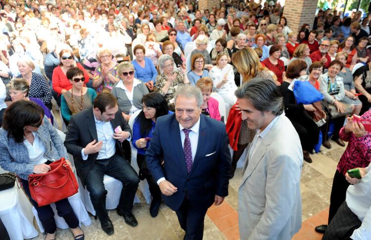 El presidente Rus asiste a una de las ediciones del Rebost de la Dipu. Foto: Abulaila