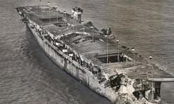 USS Independence el portaaviones sobrevivió a pruebas nucleares y un hundimiento intencional (4)