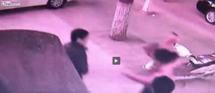 Video  mató a su marido infiel de una puñalada en el corazón   Crímenes  Violencia  China   América