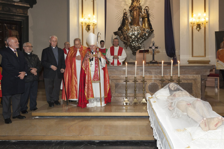 santo entierro press2