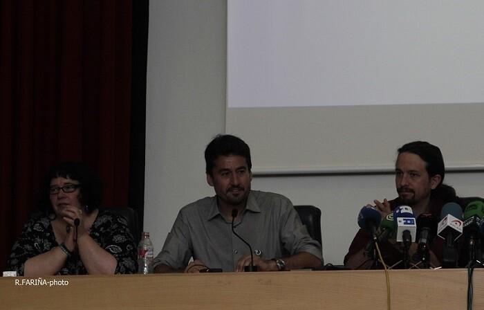 Áurea Ortiz, Jordi Peris y Pablo Iglesias.