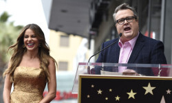 Eric Stonestreet, right, and Sofia Vergara attend a ceremony awarding Vergara with a star on the Hollywood Walk of Fame on Thursday, May 7, 2015, in Los Angeles. (Photo by Chris Pizzello/Invision/AP)
