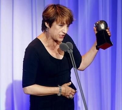 Blanca Portillo en el momento de recoger su Premio Max.